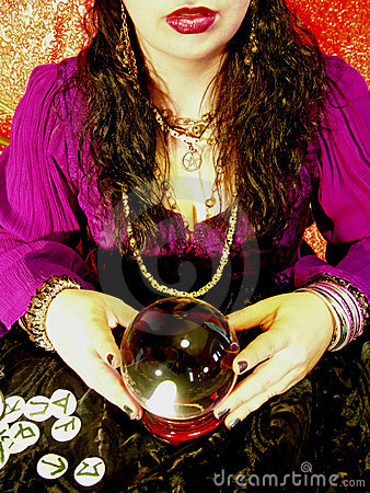 PSYCHIC MEDIUMS ARE NOT FORTUNE TELLERS